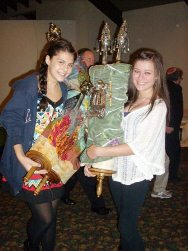 girls with torah web